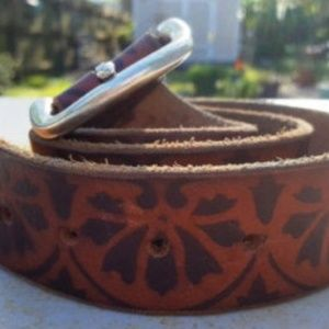 Lucky Brand Brown with black design leather belt